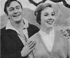 Filming breaks. Julie Andrews and Christopher Plummer
