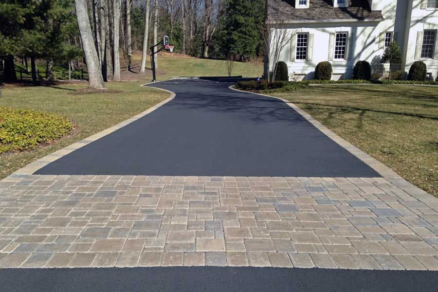 Driveway apron home outdoor curb appeal makeovers diy for Driveway apron ideas