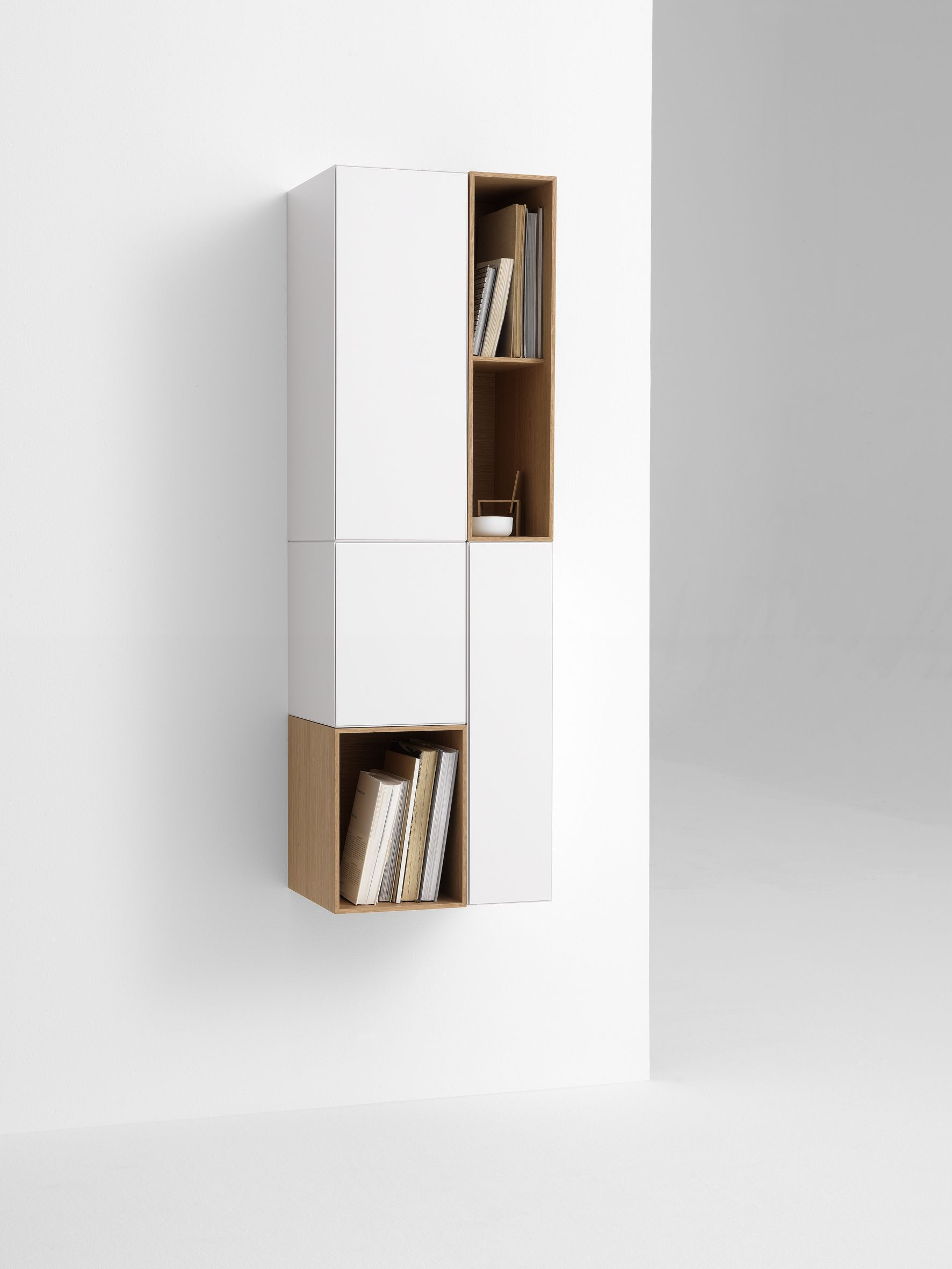 Duchdesign | Pastoe #design #white #color #Dutchdesign #Pastoe #kokwooncenter #201606