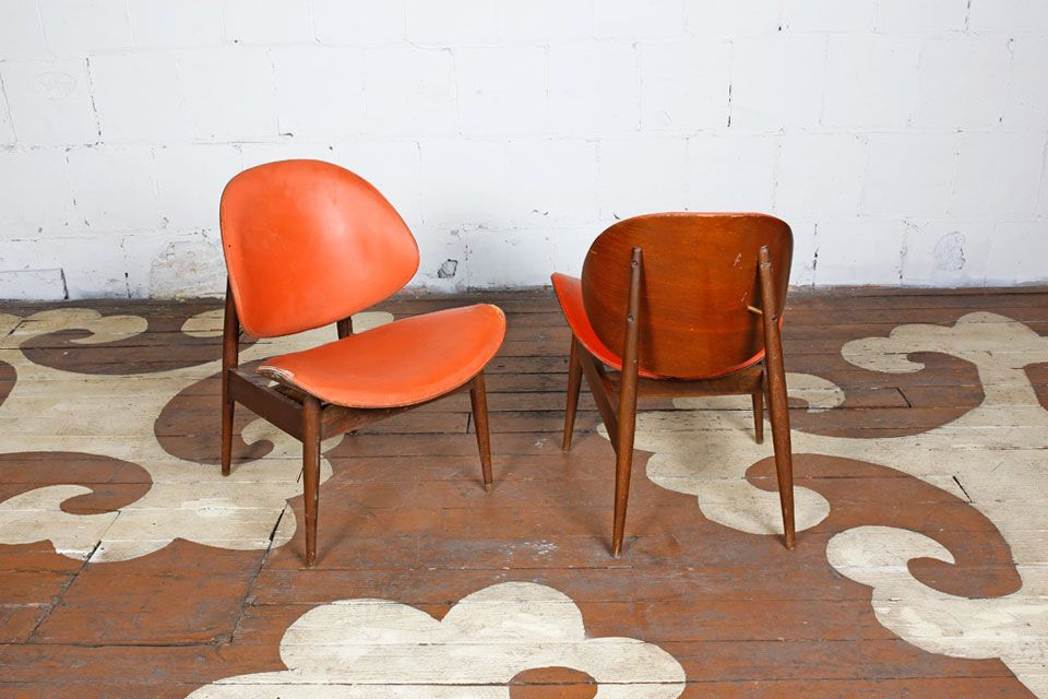 Mid Century Modern Pair Of Bent Wood Clam Shell Chairs, Designed By Seymour  James
