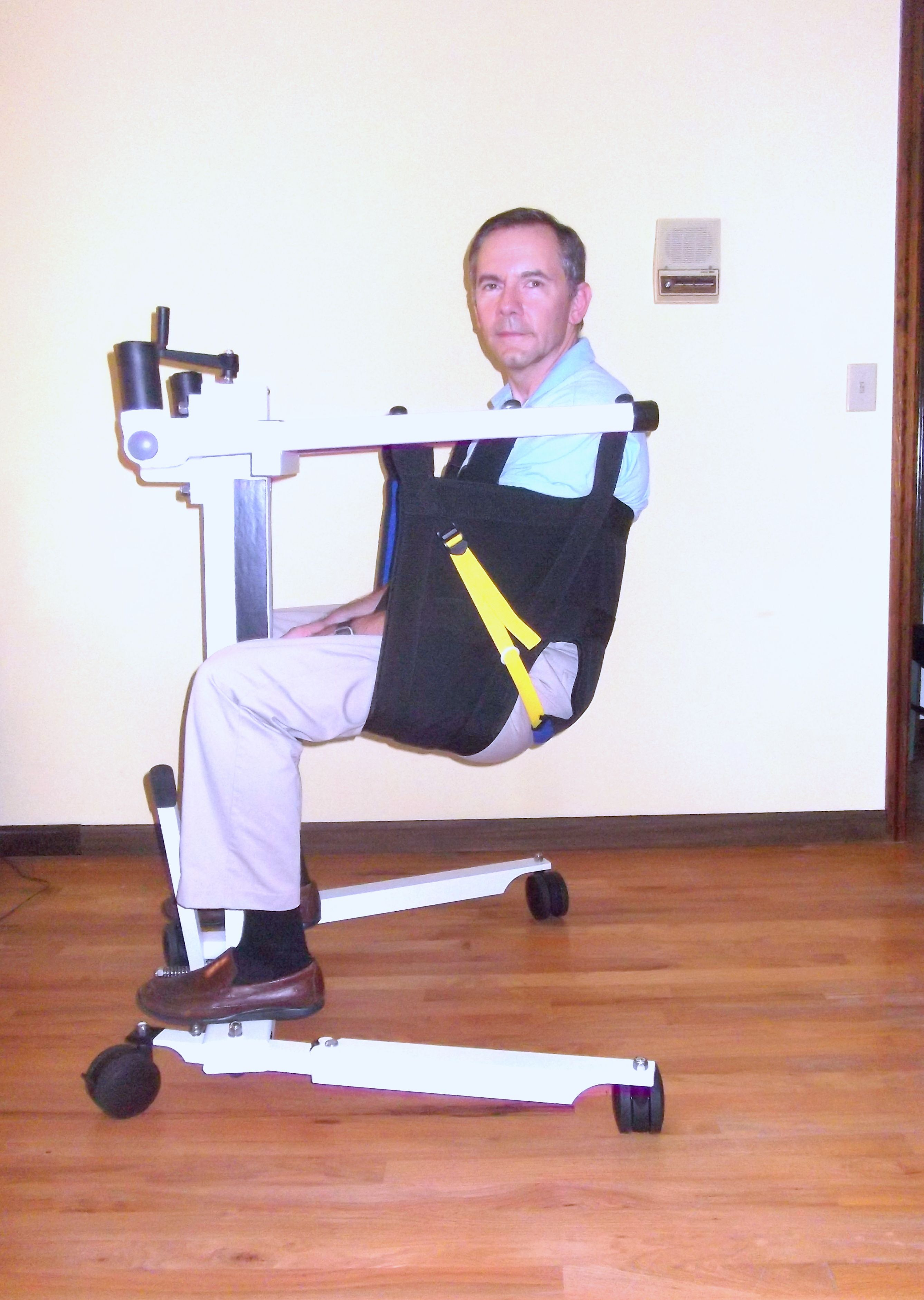 Lift For Disabled Person : Portable handicap lift from take along lifts projetos