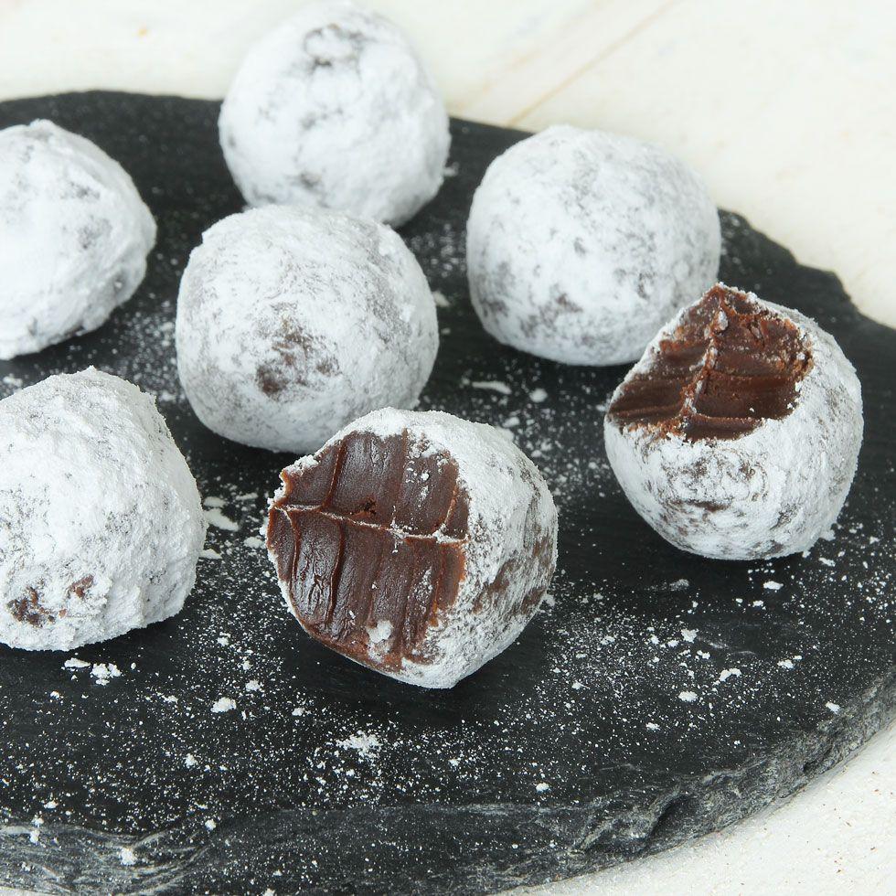 Drömgoda, lättgjorda tryfflar med smak av mint och choklad. Underbart!