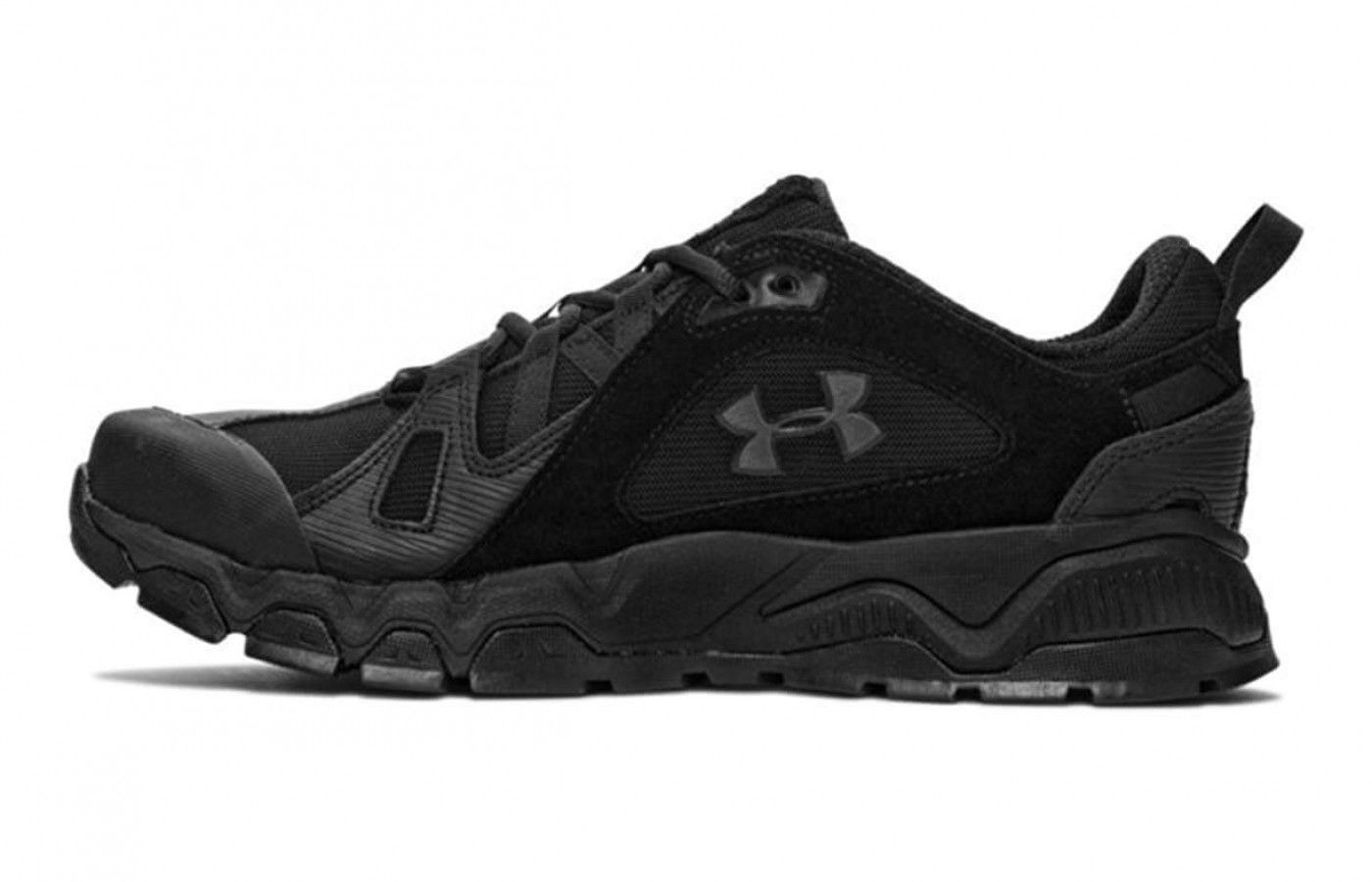 Under armour, Armour, Running shoes