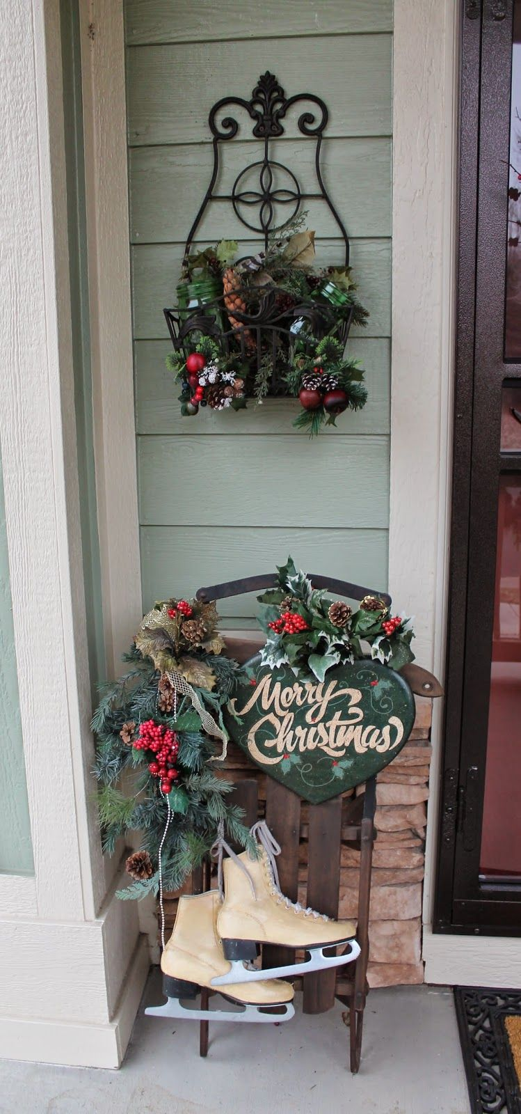 southern seazons: christmas plaids on the front porch | divine