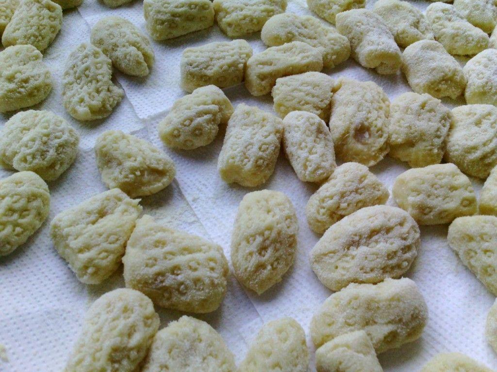 Masa básica de ñoquis de patatas - Cómo hacer ñoquis de papas - Basic recipe to make dumplings italian food, italian recipes, cocina italiana, comida italiana