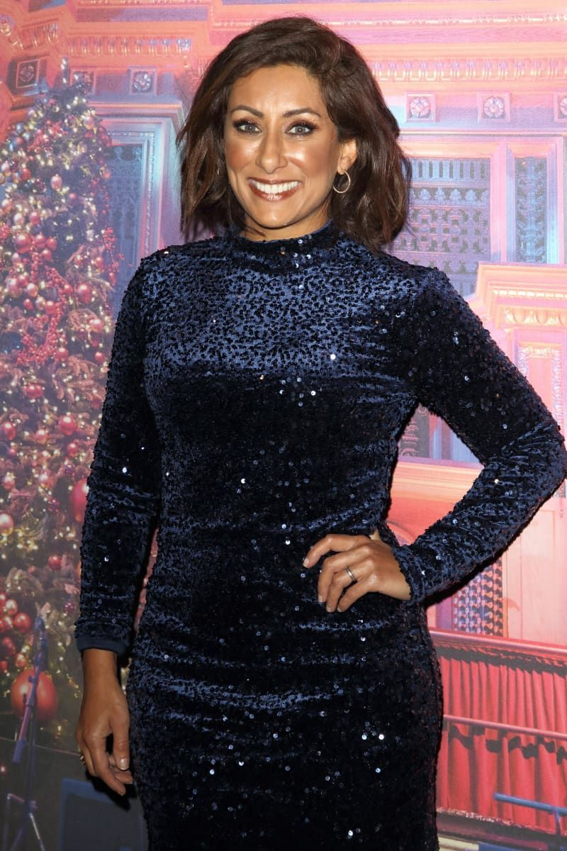 Mary Berry Christmas Special 2020 Television personality Saira Khan in 2020   Christmas party, Emma