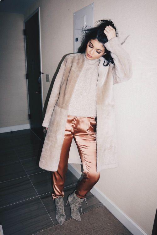 // Pinterest @esib123 // #style #inspo #fashion kylie jenner