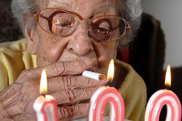 「100 year old smoker」的圖片搜尋結果