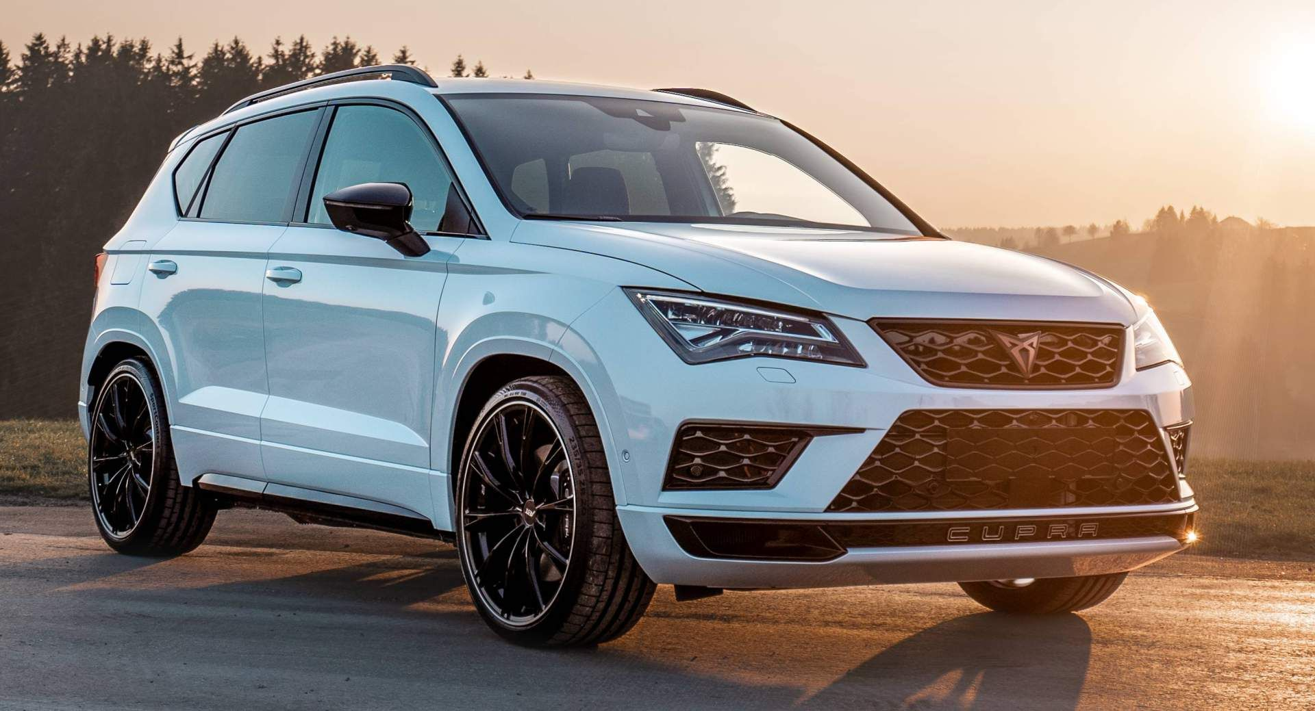Abt Sportsline Bringing 350 Ps Cupra Ateca To Essen Motor Show Carscoops Beach Chair Umbrella Motor Suv Car