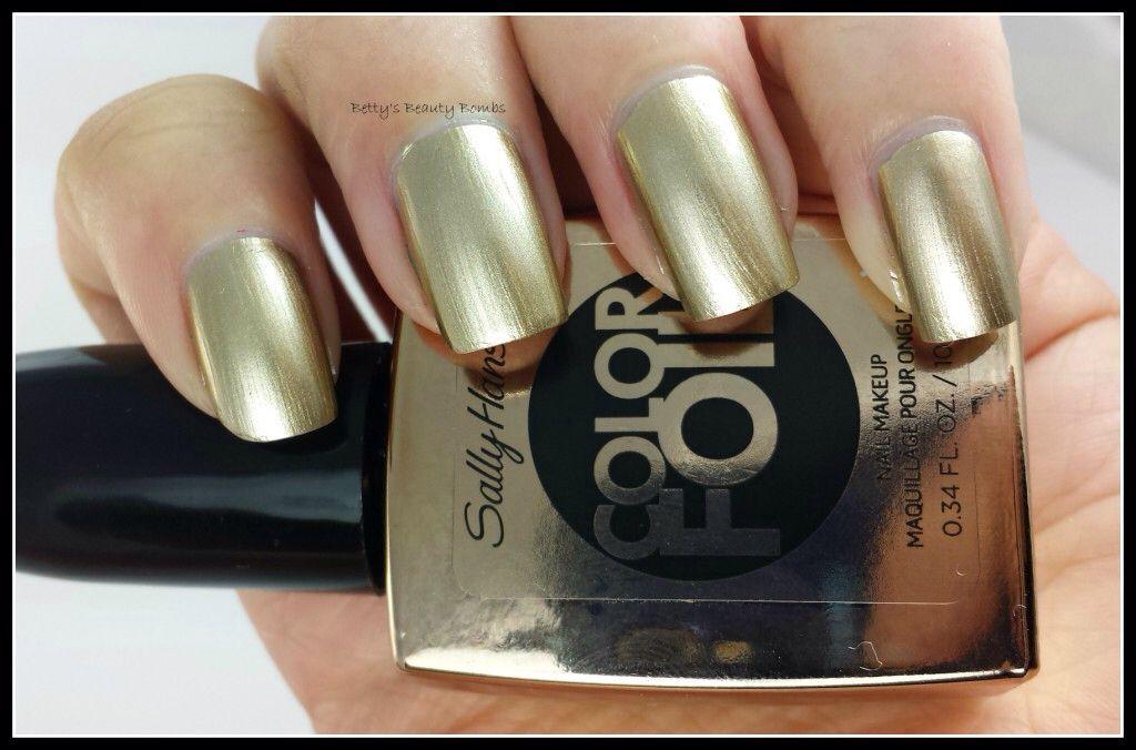 Image from http://www.bettysbeautybombs.com/wp-content/uploads/2014/05/Sally-Hansen-Liquid-Gold-1024x676.jpg.