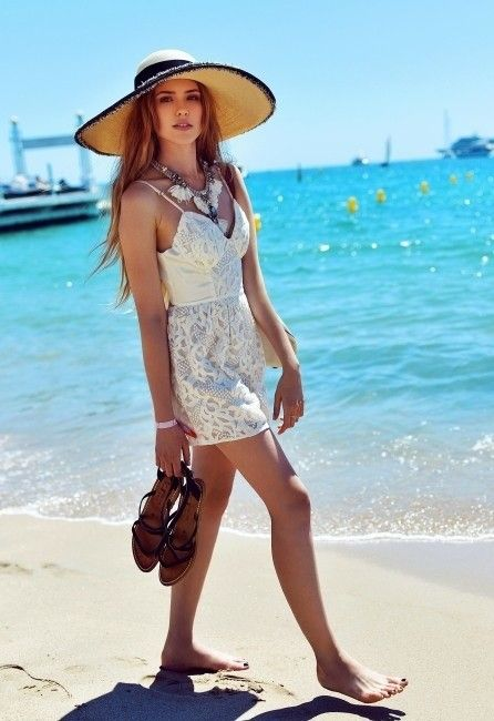 How to Wear a Hat – 22 Hat Outfit Ideas for Women
