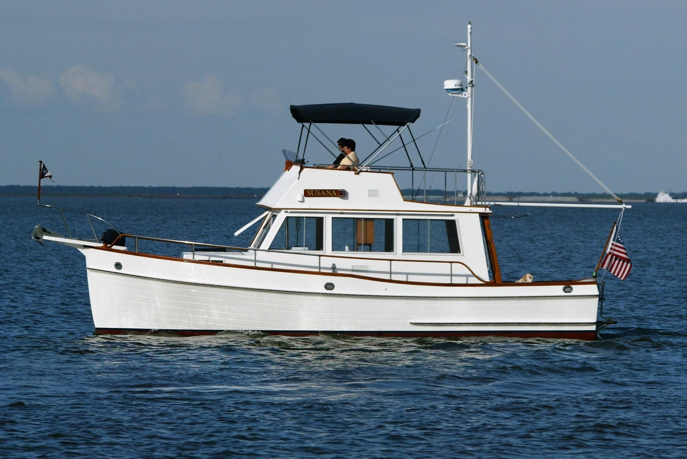 1985 Grand Banks 32 Sedan Power Boat For Sale www
