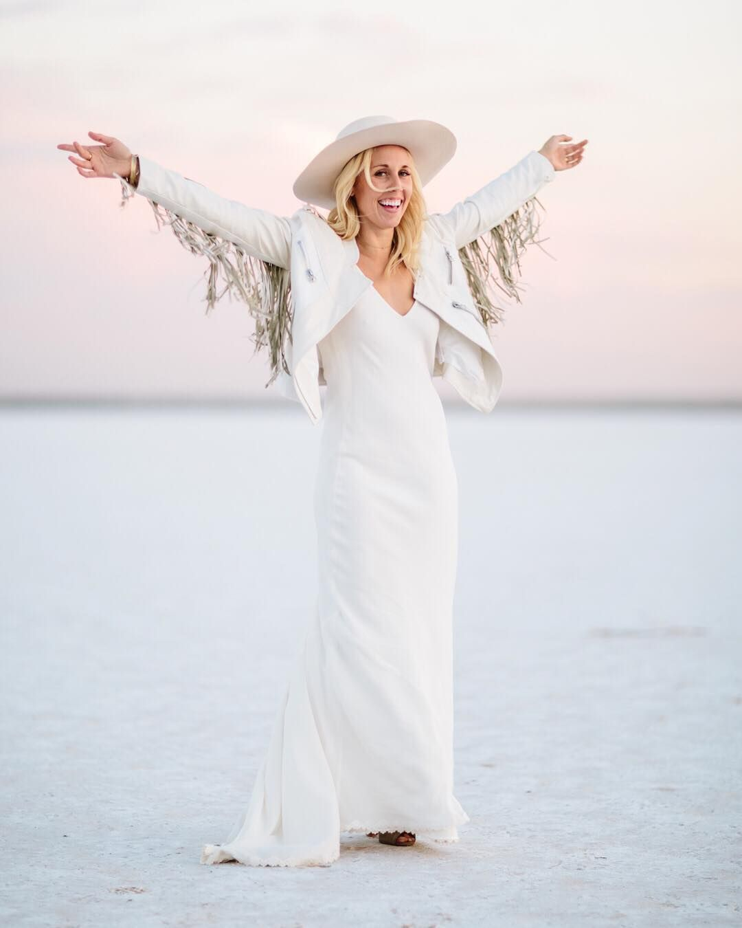 It S Decided We All Need A White Fringe Leather Jacket Check Out The Incredible White Leather Wedding Dress Leather Wedding Dress White Fringe Leather Jacket [ 1350 x 1080 Pixel ]