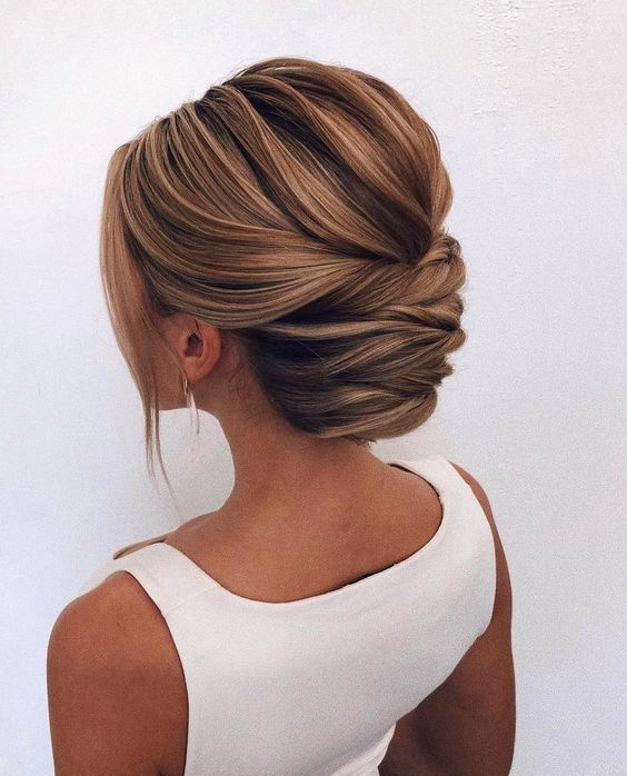 24 Gorgeous Updo Hairstyles for Any Occasion - Fancy Ideas about Everything