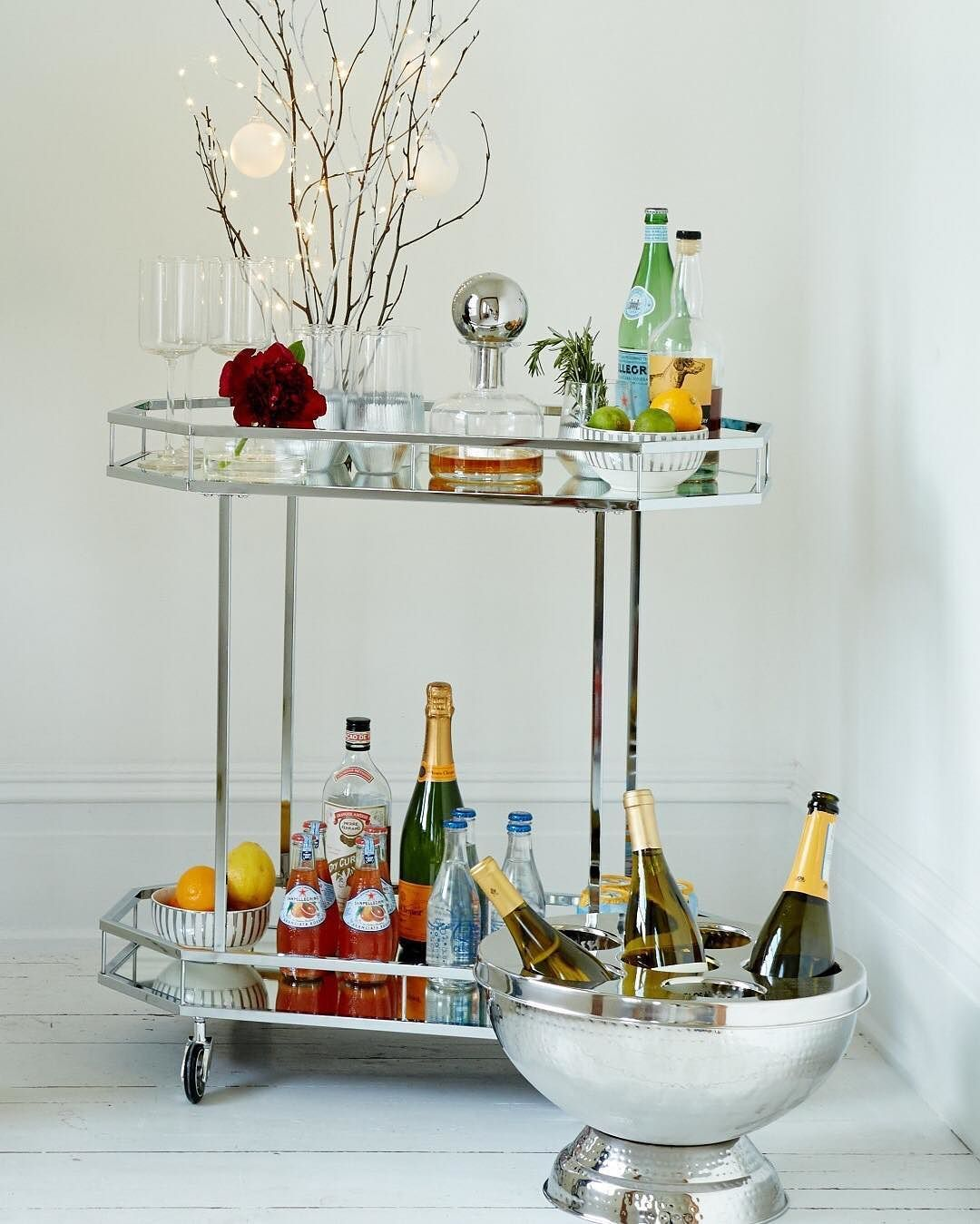 Styletip How To Create The Perfect Holiday Bar Cart Use