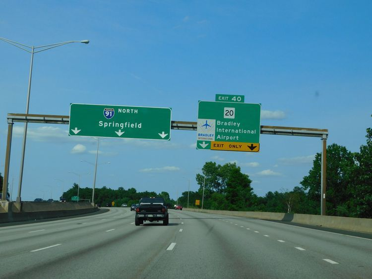 Best Places To Park Near Hartford S Bradley Airport Hartford Bradley International Airport Airport