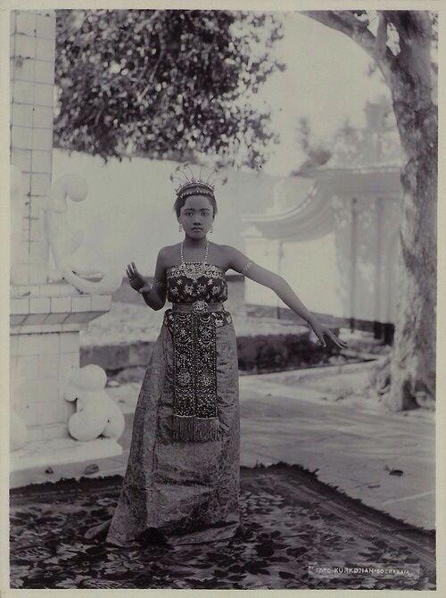 Indonesia Vintage Vintage Travel Posters Vintage Poster Art Vintage Posters