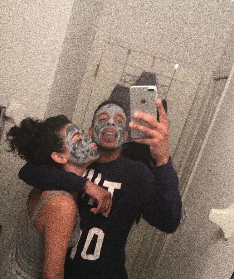 Is It Better To Do A Mask By Yourself Or With Someone Else