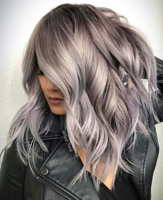 59 Incredible Platinum Grey Hair Color Ideas For 2018 Do You Want To Change Your Hair Color In 2018 If Ye Hair Styles Medium Length Hair Styles Hair Pictures