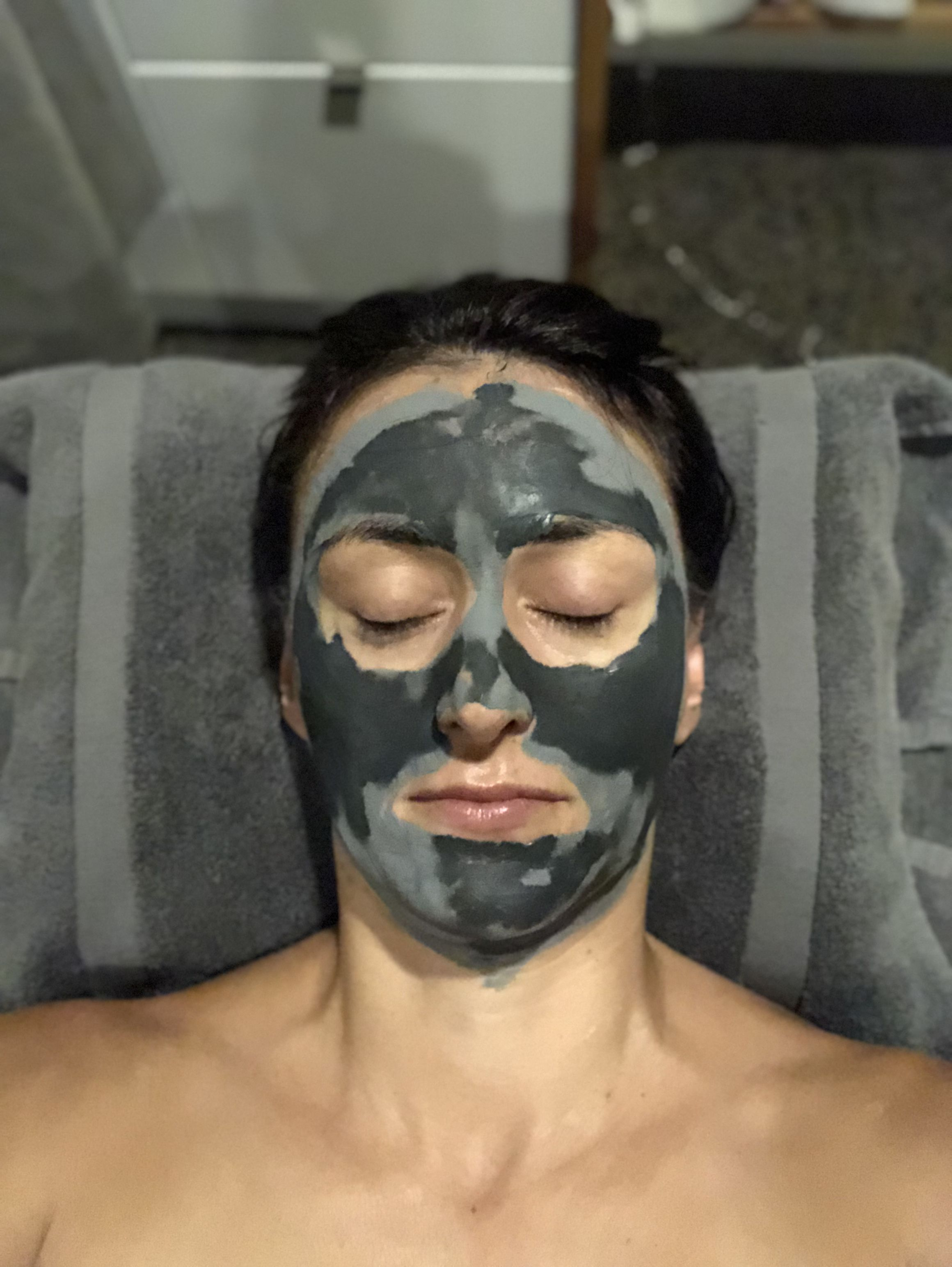 In My Element With An Organic Facial Pampersampler Com Organic Facial Facial Organic Hair