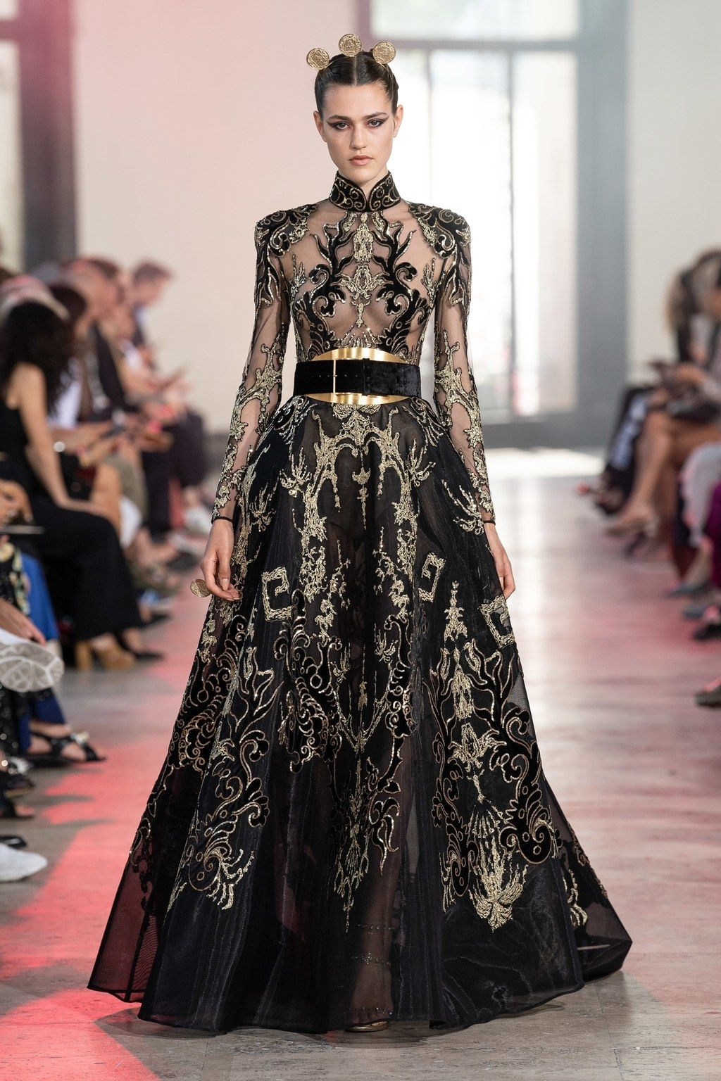 Elie Saab Haute Couture Automne-Hiver 2019-2020 – Défilé