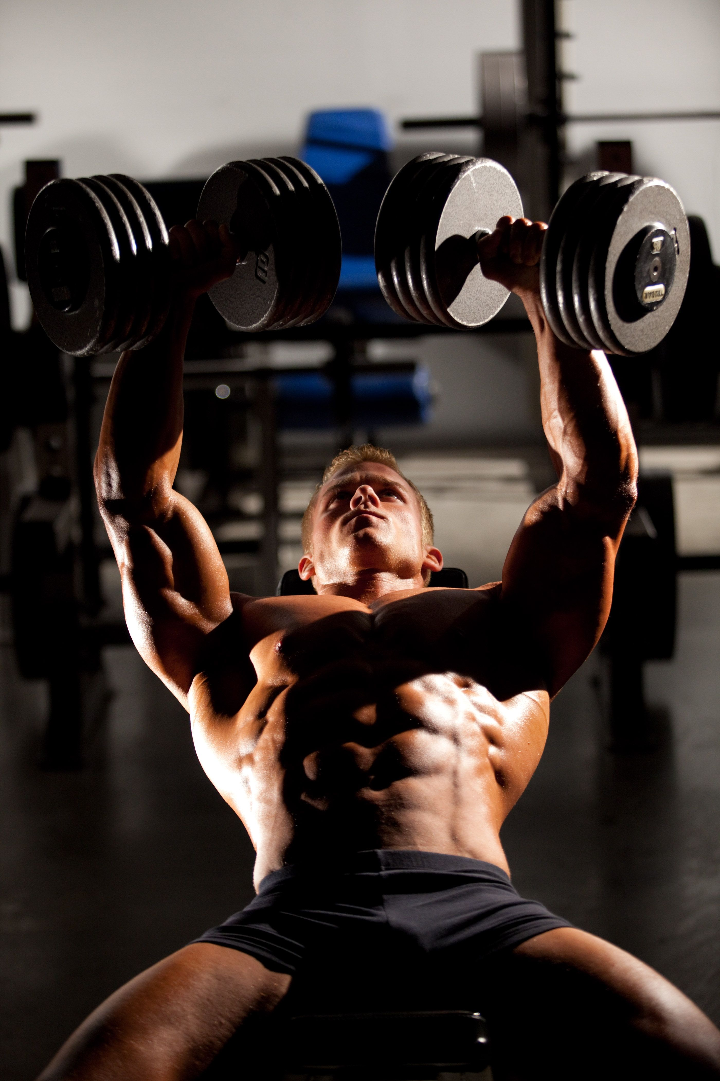 помощью мужские фотосессии в фитнес зале время подготовки
