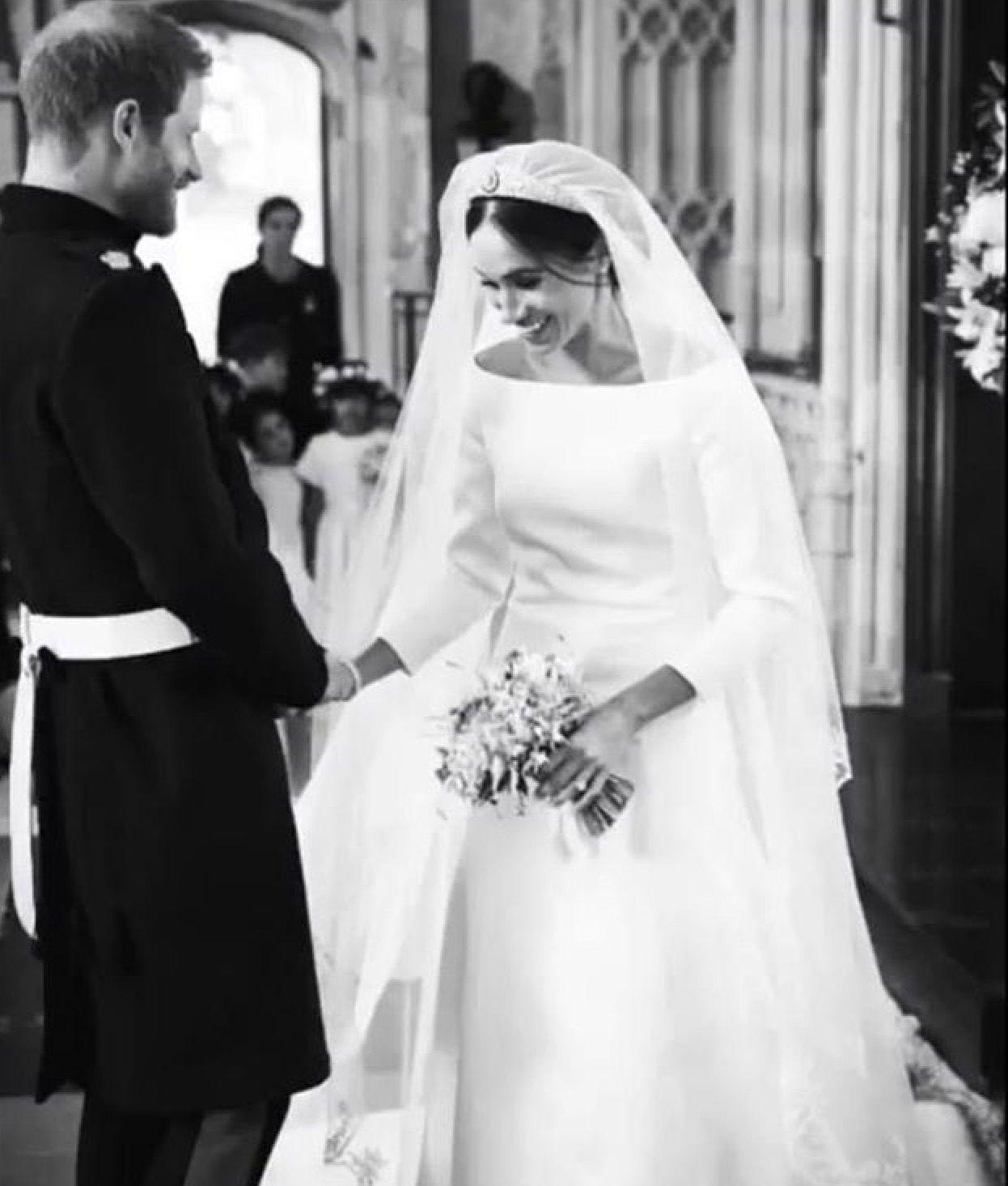 Pin Von Cathy Siriani Auf The Sussexs Britische Konigsfamilie Prinz Harry Meghan Markle Prinz Harry