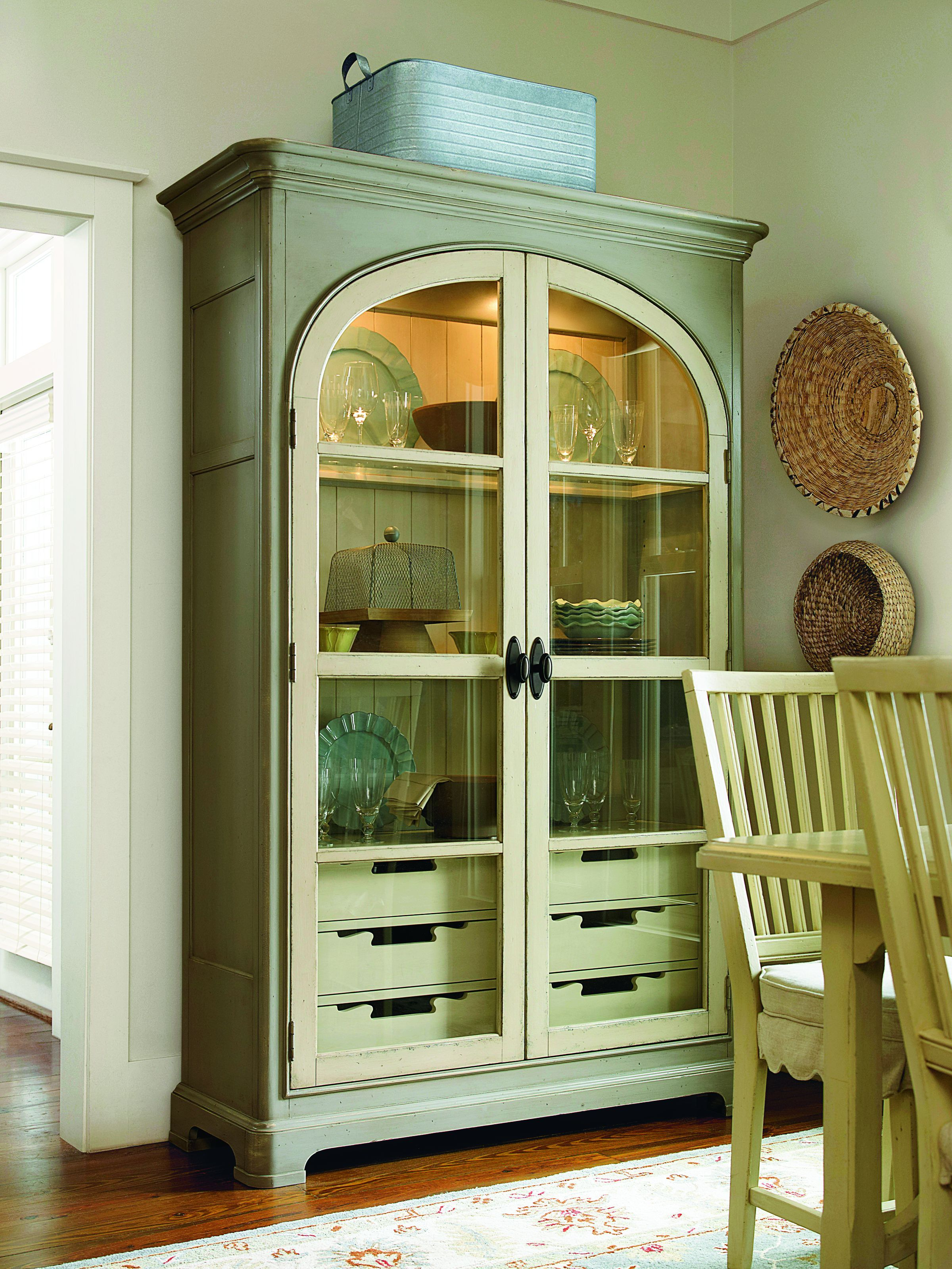 Universal Furniture Paula S Best Dishes Pantry From The