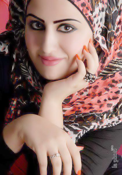 شات بنات السعوديه Without Makeup Pretty Face Stylish