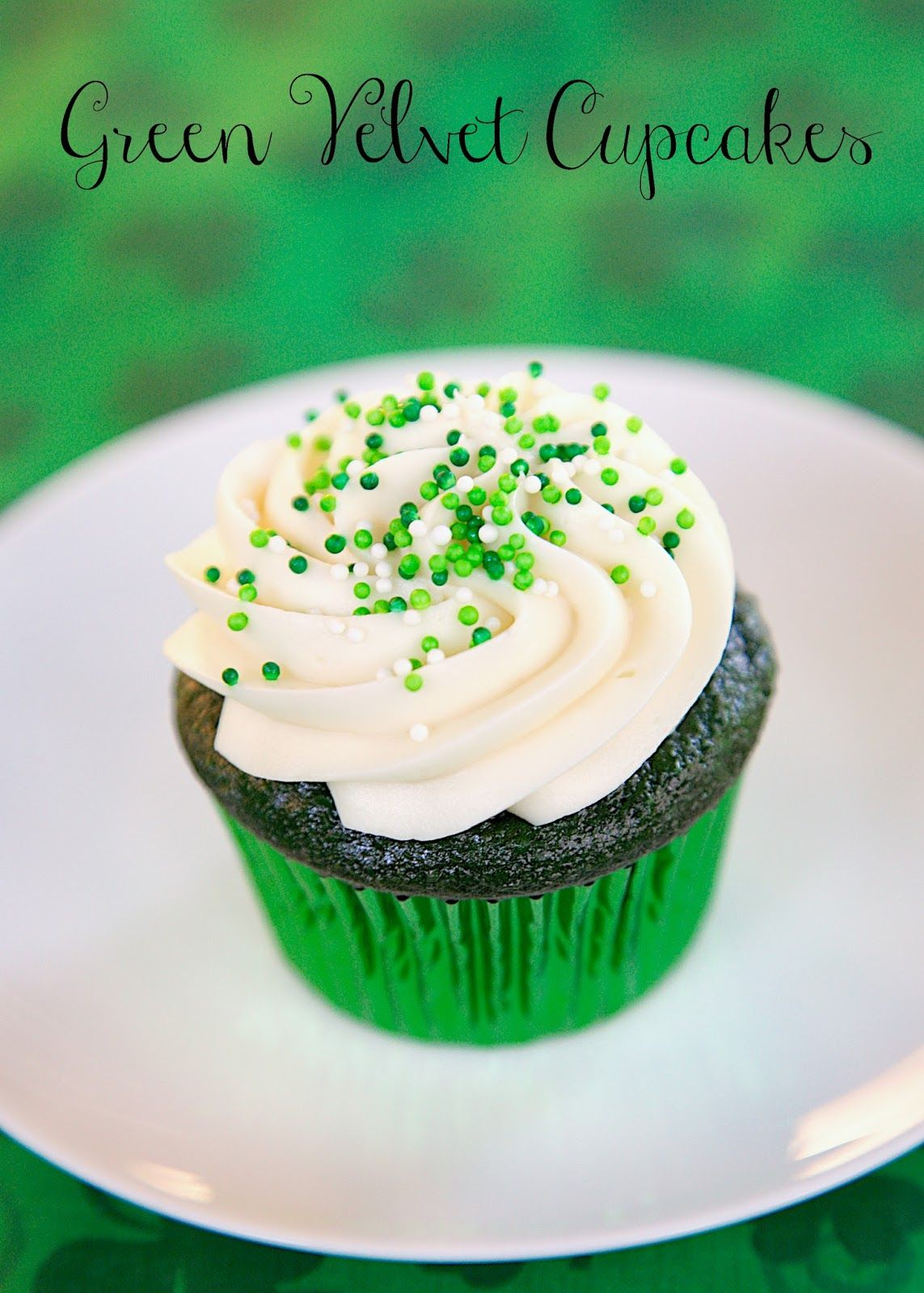 green velvet cake green velvet cupcakes with cheese frosting 4614