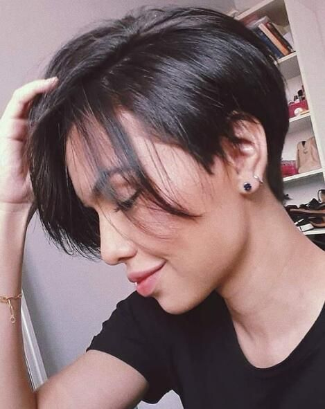 33 Casual and Easy Pixie Haircuts to Look Cool This Year #longpixiehaircuts #eas…,  #Casual…