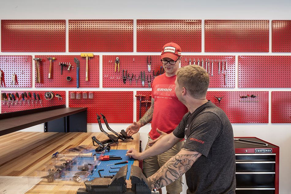 perkins will sram office bicycle component manufacturer chicago designboom