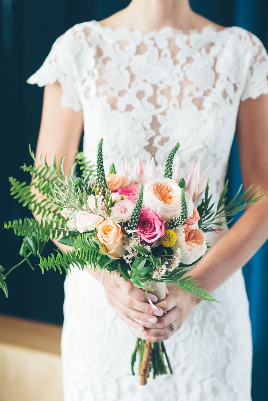 Lovely peaches + greens   Photography: Cynthia Chung Weddings - cynthiachungweddings.com