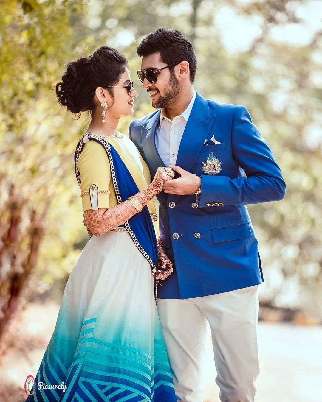 Photography Couple Prewedding Couplegoals Mumbai Ind In 2020 Indian Wedding Couple Photography Indian Wedding Photography Poses Indian Wedding Photography Couples