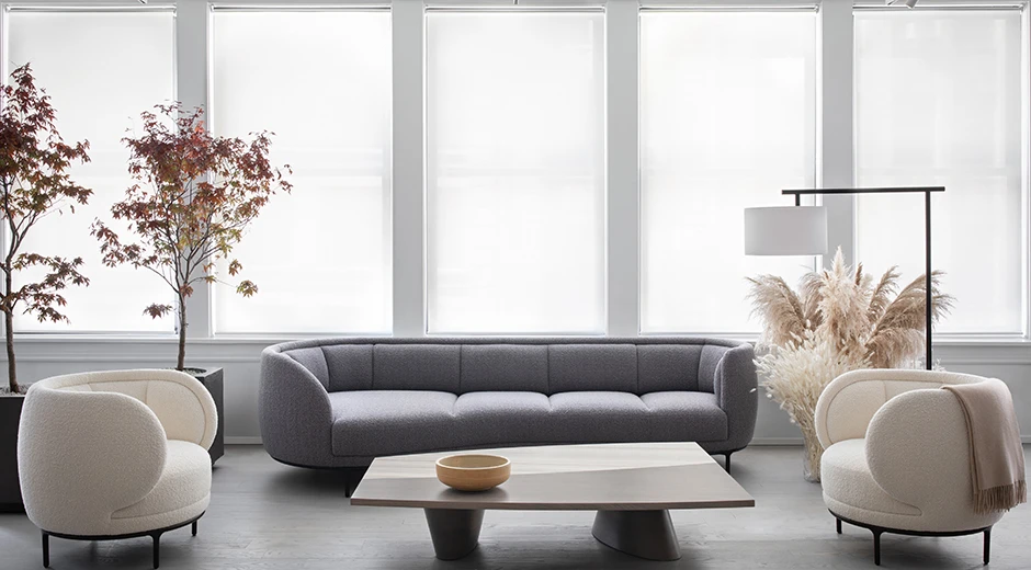 New York Showroom Avenue Road Usa In 2020 Living Room Sofa