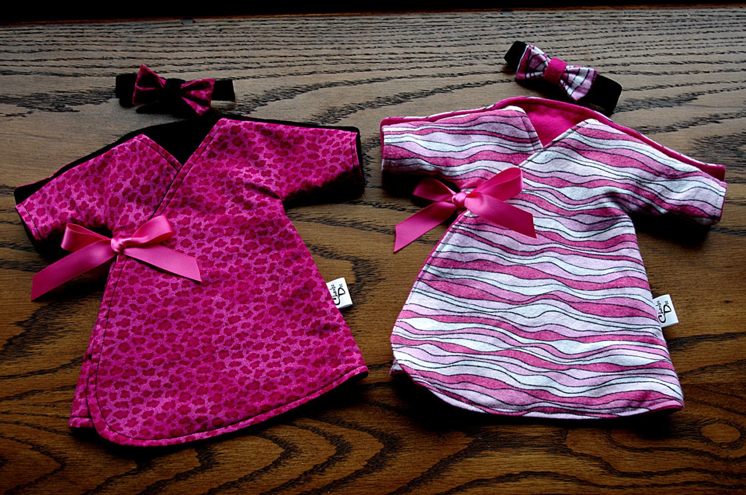 Micro Preemie NICU Gown // Fits 1.5 - 2.5lbs // Free Shipping in North America. $13.00, via Etsy.