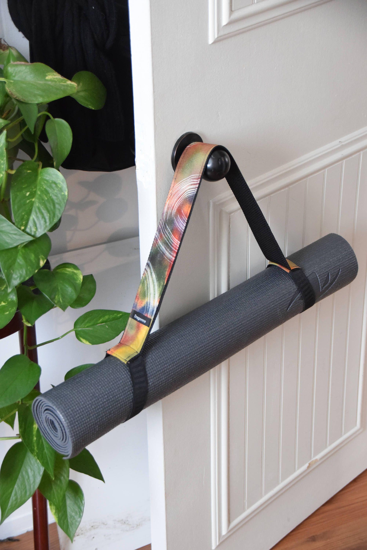 Tapis de yoga pour Pilates Gym Exercice Épais Sangle de transport confortable NBR 10 mm