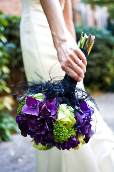 Green and purple wedding bouquet pictures
