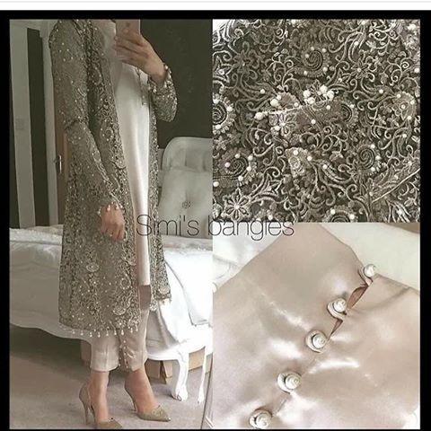 Instagram dress change color