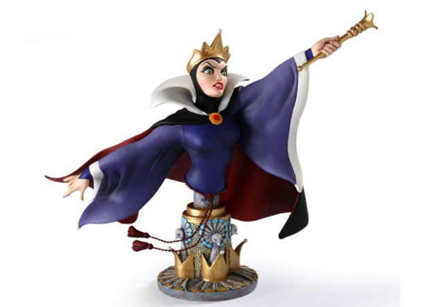 Under the Radar: Grand Jester's Evil Queen bust (Disney) photo