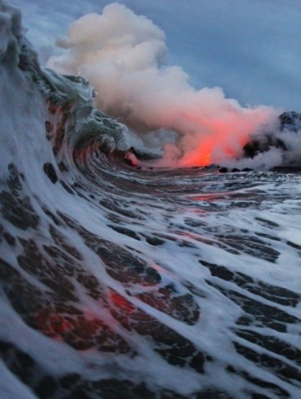 Ocean Lava Hawaii Treasuredtravel Surfing Photography