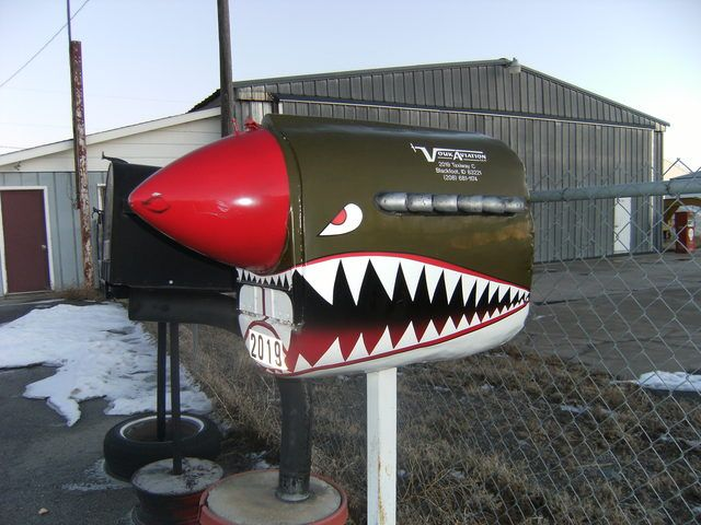 Funky mailbox, anyone? | GBCN | Diy mailbox, Cool ...  Funky Painted Mailboxes