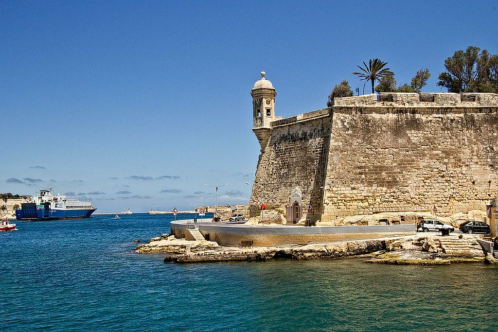 Fort Saint Angelo, at the entrance to Grand Harbour in Birgu, Malta
