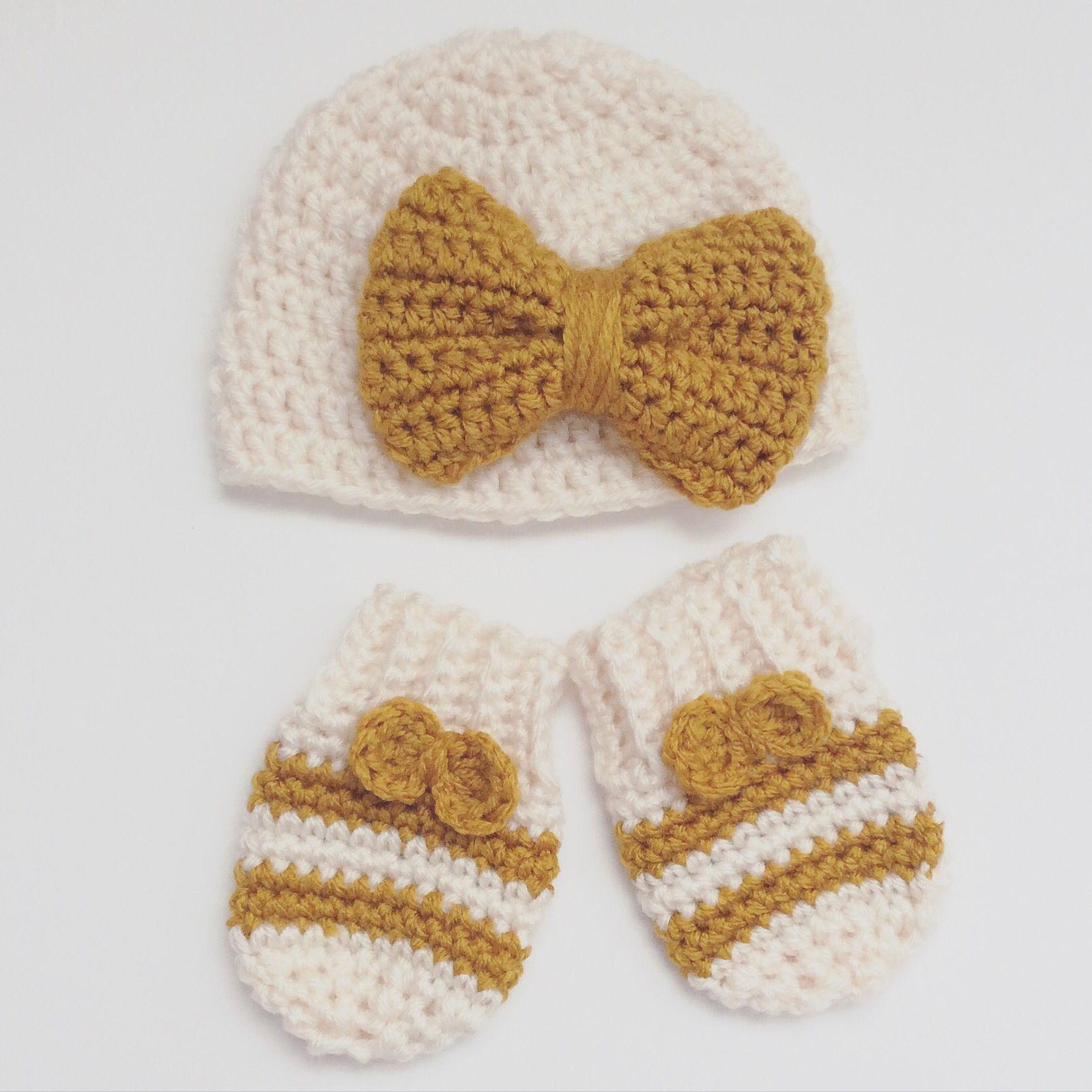 Crochet Bow Hat & Mittens. Etsy shop: Dior Lauryn