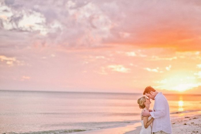 Sarah And Steve S Intimate Destination Wedding On Sanibel Island At Casa Ybel Resort Www Casaybelresort