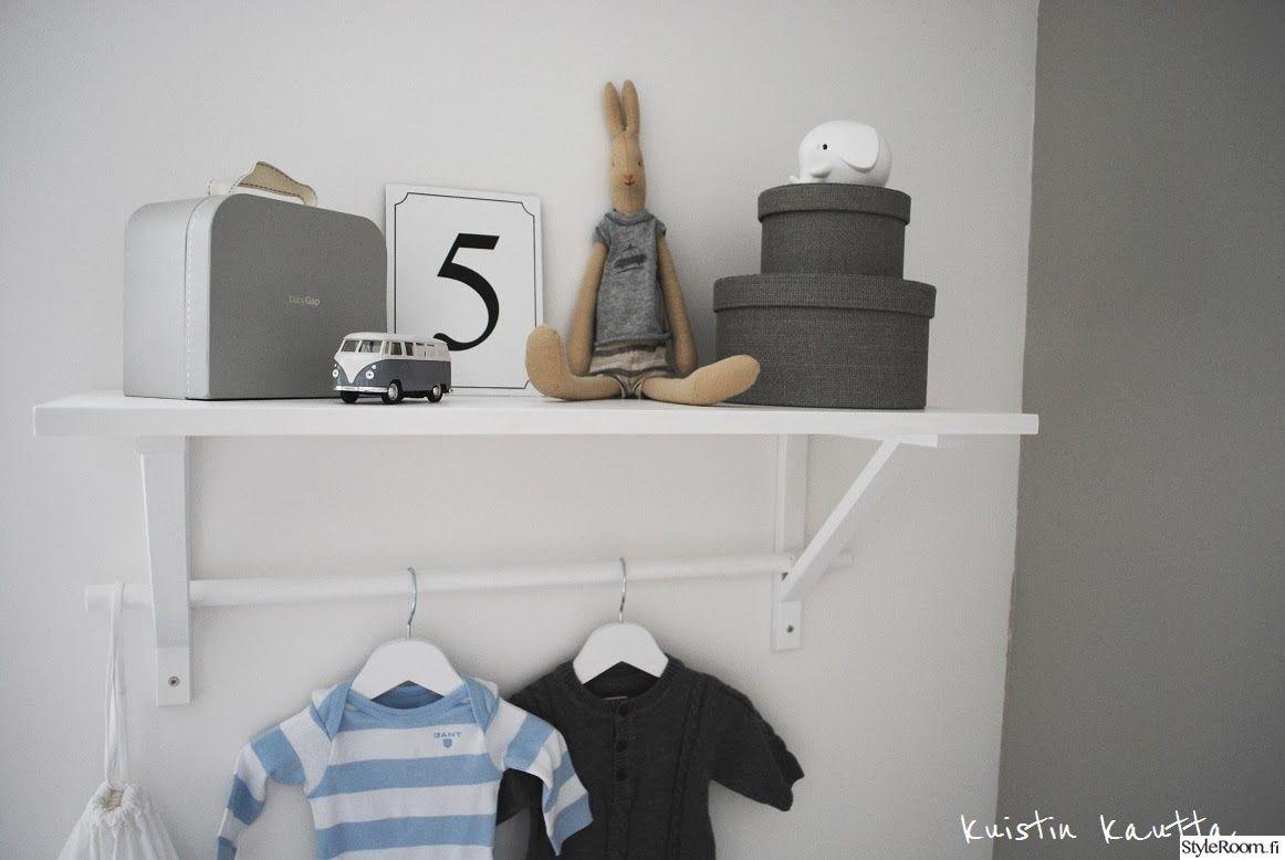 lastenhuone,seinähylly,ripustus,säilytys,harmaa,valkoinen,purnukat,hylly,hyllyasetelma
