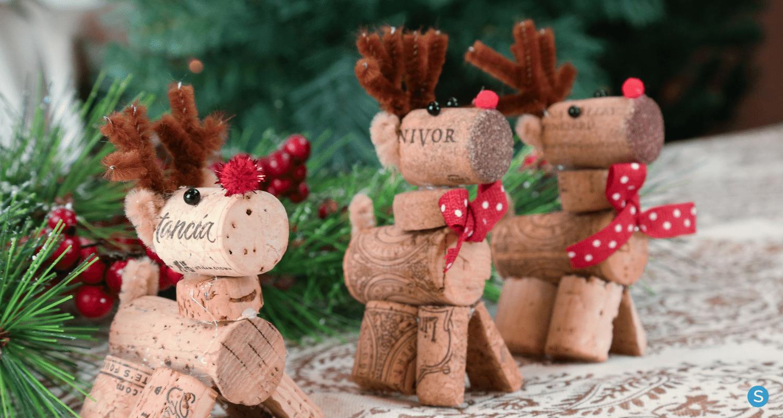 How To Make This Adorable Wine Cork Reindeer Craft Wine Cork Crafts Wine Cork Crafts Christmas Cork Diy Christmas