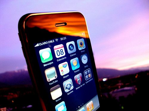 7 Tips to Learn Easy Spanish With Your iPhone for Free