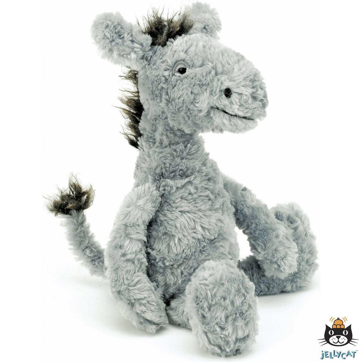 Jellycat uit Londen maakt hoge kwaliteit knuffels met een geheel eigen stijl. Geraffineerde, onweerstaanbare ontwerpen van zacht speelgoed aantrekkelijk voor jong en oud. Jellycat creaties zijn verrukkelijk om te geven en dierbaar om vast te houden. Voor een hele lange tijd. De Jellycat collectie is, met haar mooie ontwerpen om uit te kiezen, echt iets heel speciaals. Door ruim keus uit vele verschillende dieren kiest uw kind altijd zijn of haar favoriet. Reiniging: Jellycat adviseert om de…
