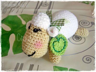 Creazioni Rita C. ... Only Handmade!: La mia dolce Pecorella Amigurumi... Con Link Spiegazioni Gratis Here you can find link to pattern in english